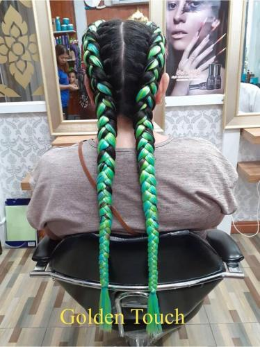 Green hair braiding in patong