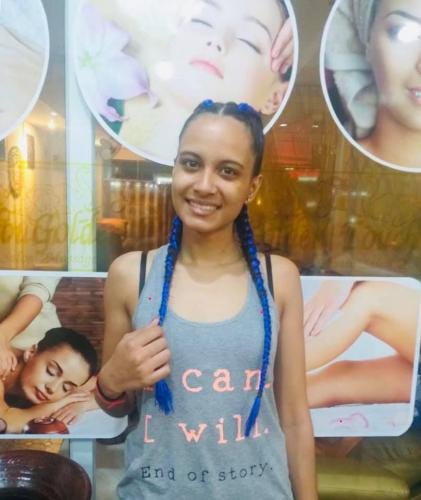 Happy customer with new hair braids in Patong
