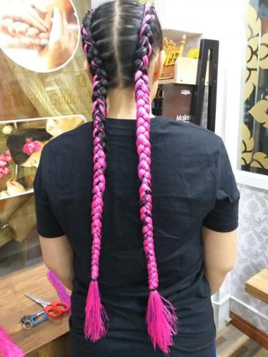 pink color hair braids in patong